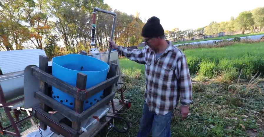 Butcher Chickens on site with this DIY Mobile Processing Unit