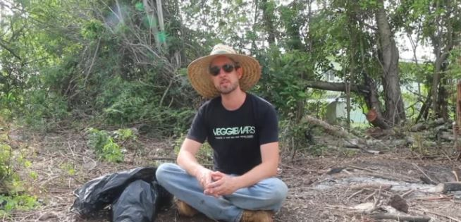 Super Easy Composting with David The Good